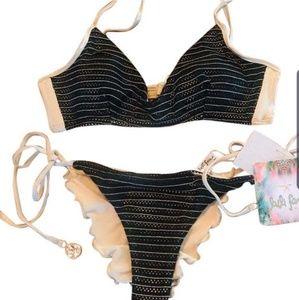 Lulu Fama bikini